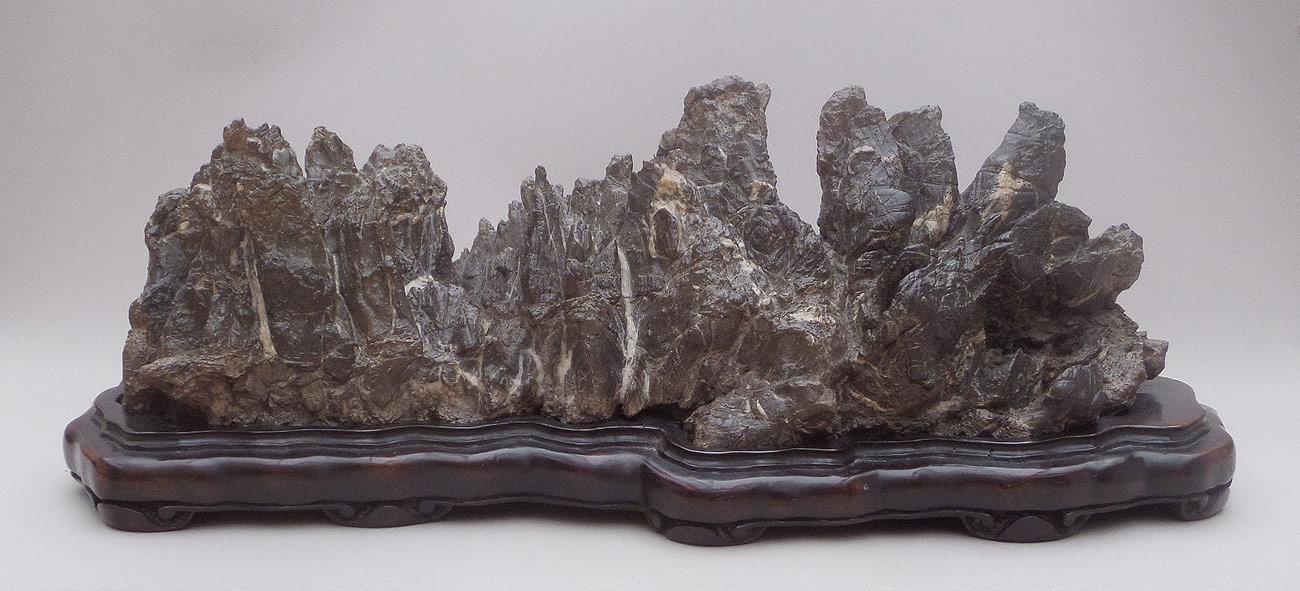 Modern Exhibition Stands : Viewing stones suiseki scholars rocks